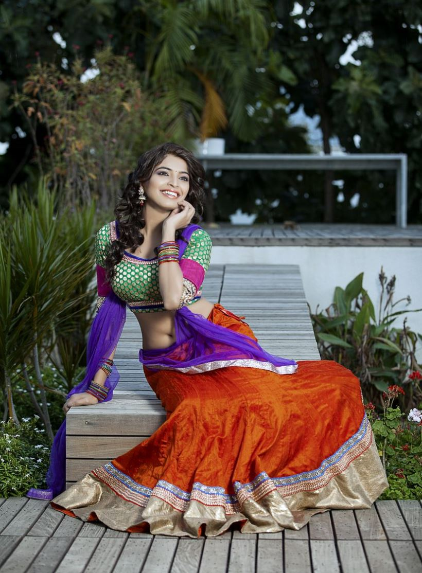 Tamil Actress Sanchita Shetty Latest Hot Photo Shoot Stills