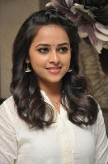Sri Divya cute (13)