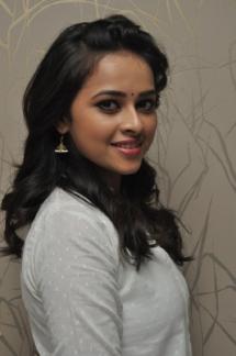 Sri Divya cute (16)