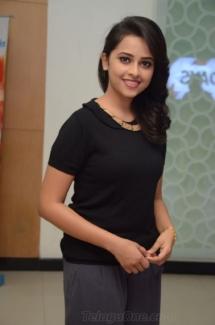 Sri Divya cute (6)