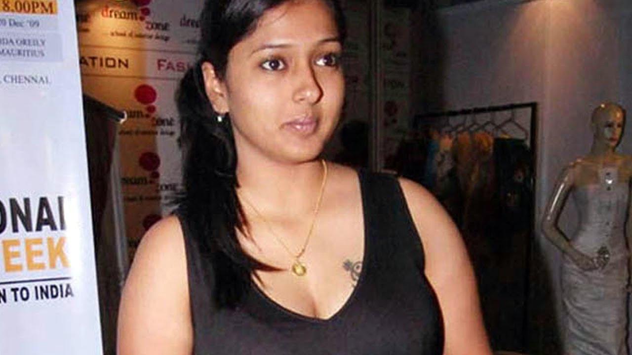 காயத்திரி ரகுராமால் பிக் பாஸ் நிகழ்ச்சிக்கு ஆபத்து கண்டு கொள்ளாமல் இருக்கும் கமல்