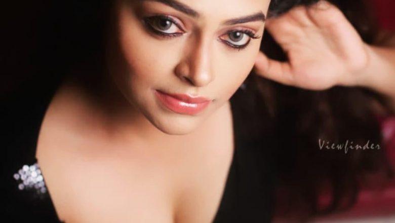 புதுமுக நடிகை சந்திரிகா புத்தம்புதிய கவர்ச்சி புகைப்படங்கள்